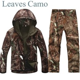 $enCountryForm.capitalKeyWord Australia - Tad v 4.0 Shark Skin Softshell Outdoors Camping Jacket Tactical Military Camouflage Hunting Jacket Pants Y1893006