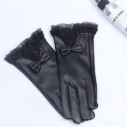 Leather Gloves For Men Australia - 2018The new gloves for men and women in winter, warm touch, velvet cycling fashion gloves.