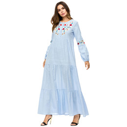 1d449a9a07 187308 Hot Sell Muslim Dresses for Women s Wear Middle East Robes Musulman  Long Embroidered Female Abaya Musulman Gowns Mujer Mubarak Abaya
