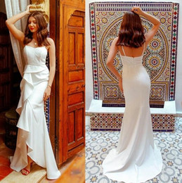 $enCountryForm.capitalKeyWord Australia - 2019 gothic country Wedding Dresses bridal gowns Elegant sweep train cheap Spaghetti Straps Mermaid Dress custom made vintage robe de mariee