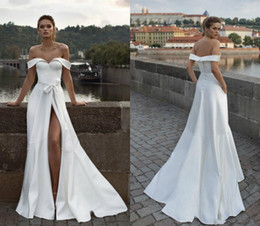 wedding dresses flowers design NZ - Simple Design Beach Wedding Dresses 2019 Off Shoulder Matte Stain Split Full length Outdoo Bohemian Country Bridal Informal Gown
