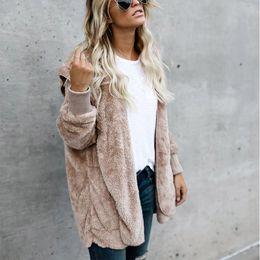 Venta al por mayor de Plus Size S-5XL Mujeres Moda Fluffy Shaggy Faux Fur Cálido abrigo de invierno Cardigan Bomber Jacket Lady Coats Zipper Outwear Chaquetas