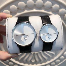 China 2018 Top quality Dress Quartz Watch Man Women genuine leather Watch Luxury Wristwatch lady Dress Clock origin model Lovers Nice quartz table supplier genuine men dress watch suppliers