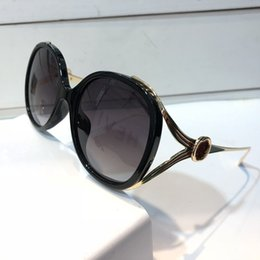 GoGGles frame desiGn online shopping - Luxury S Sunglasses For Women Design Popular Fashion Summer Big Face Style Top Quality UV Protection Lens Free Come With Case