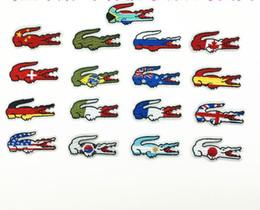 Qualità all'ingrosso Bandiera di Marca Patch Ricamate Ferro Sulla Giacca Magliette Borse Patch Applique FAI DA TE Ricamo Coccodrillo Patch 6 * 3 CM
