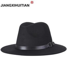 2019 nueva moda para hombre fedora moda para mujer jazz hat verano  primavera sombrero de copa negro retro caballero viento británico exterior  sombrero ... c41b9b1ea80