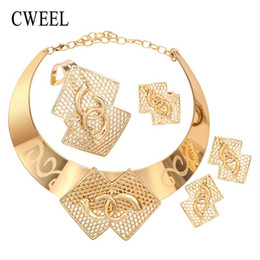 $enCountryForm.capitalKeyWord UK - CWEEL Jewelry Sets Women Fashion African Jewelry Set Party Gold Color Choker Costume Jewellery Vintage Flower Necklace Set