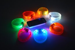 Discount glow sticks club - Music Activated Suond Control Led Flashing Bracelet Light Up Bangle Wristband Club Party Bar Cheer Luminous Hand Ring Gl