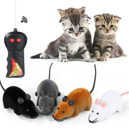 $enCountryForm.capitalKeyWord Canada - Hot selling New Funny Pet Cat mice Toy Wireless RC Gray Rat Mice Toy Remote Control mouse For kids toys