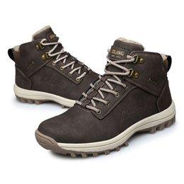 Venta al por mayor de Hombres Martins Boots Botines de cuero de gamuza Estilos musculares Tacones bajos Tobillo zapatos para caminatas Cálido Invierno Snow Boots Work al aire libre Negro Marrón