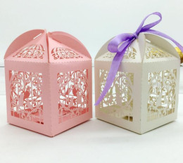 $enCountryForm.capitalKeyWord UK - Sweet Heart Love Bird Laser Cut Hollow Carriage Baby Shower Favors Boxes Gifts Candy Boxes Favor Holders With Ribbon
