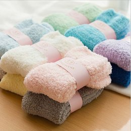 Discount champagne towels - 60Pairs Cute Candy Color Solid Soft Women Fluffy Socks Coral Velvet Winter Warm Home Indoor Floor Girls Terry Towel Fuzz
