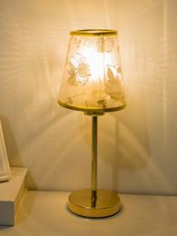 $enCountryForm.capitalKeyWord UK - Wholesale Fashion Europe Gold Flower Lampshade LED Table Lamps Metal Base Night Lights Lamp Beside Lighting Birthday Gifts Free Shipping
