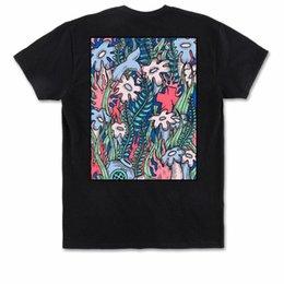 T-shirt da uomo Coral Dolphin Pink View Nero Urban Casual Abbigliamento Abbigliamento Top Uomo 2018 Fashion Brand T Shirt O-Neck in Offerta