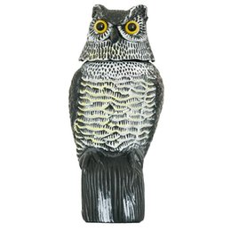 China 1pc Large Realistic Simulation Owl Decoy With Rotating Head Bird Pigeon Crow Scarer Scarecrow Car Home Garden Decoration supplier plastic owls suppliers