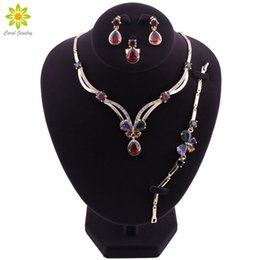 wedding costume jewelry dubai UK - Fashion Big Nigerian Wedding African Beads Jewelry Sets Crystal Dubai Gold Plated Jewelry Sets For Women Costume Design