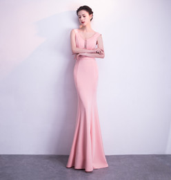 female sexy models Australia - 2018 New Simple Pink Long Prom Dress Mermaid Evening Dresses Female V-neck Beads Formal Party Dress Long Maxi Dress vestidos de noiva
