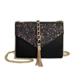 4e3990e127a Mujeres Mini Cuero Genuino Señoras Mujeres de lujo bolso de la aleta del  remache bolso de la borla Clásico Cuero negro oro plata cadena Bolsas al  por menor ...