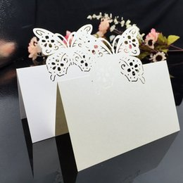China Laser Cut Place Cards With Butterfly Troides Paper Carving Seating Cards Party Table Decorations Name Cards for Weddings PC57 suppliers