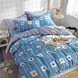 $enCountryForm.capitalKeyWord Canada - Light Blue White Print Pattern Home Textile 3 4pcs Bedding Set Bed Sheet+Duvet Cover+Pillowcase Cloud Bed Cover Bedlinens 5 Size