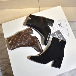 $enCountryForm.capitalKeyWord Australia - Luxury Top Brand Women Martin Ankle Boots in Black Chunky Heel Platform Knight Motorcycle Cow Leather Designer Winter Boots Size 34-41