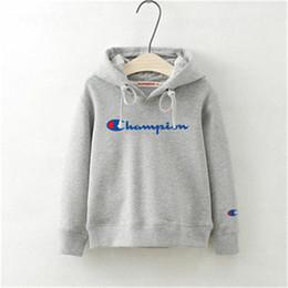 04fab82d25 Tide Marca Crianças Hoodies Carta de Moda Impresso Camisolas para Crianças  Outono Inverno Quente Esportes Menino Menina Camisola