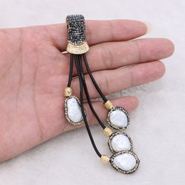 Egypt Pendants Australia - 5 Pieces Pearl Pendant 4 Pearl Beads Handcrafted Jewelry Finding Retro Egypt Style Tassel Pendant for Women