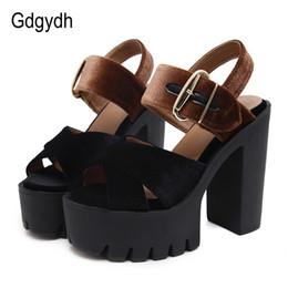 Gdgydh 2017 Summer Flock Sandali donna Open Toe Platform Tacchi quadrati Scarpe femminili Ritagli alla moda Scarpe col tacco alto estate in Offerta