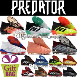 Best Quality High Top Predator 18.1 Football Boots Shoes Outdoor Leather Predator 18 FG Soccer Boots Socks Soccer Cleats Mens US 6.5-11.5