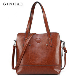 Large Capacity Women Shoulder Bag Vintage 2pcs Women Composite Bag Wax Oil  Leather Tote Handbags Small Clutch Set Sac 0b735a2916