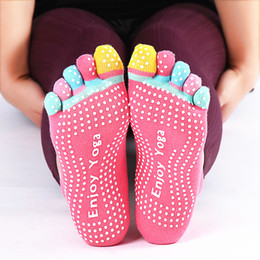 $enCountryForm.capitalKeyWord NZ - Cute Pilates 5 Toe Non Slip Grip Socks Fitness Women Antiskid Professional Soft Cotton Five Fingers Socks Silicone Massage Socks Hot SALE