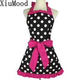 Chinese  Xiumood New Fashion Sweetheart Adult Bibs Dots Cotton Fabric Kitchen Cooking Aprons Dress For Woman Waiter With Pocket manufacturers