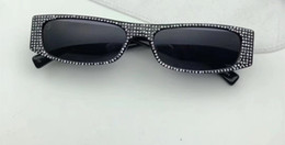 Small packageS online shopping - Luxury Sunglasses For Women Diamond Stones Small Square Popular Deisng Full Frame UV400 Lens Summer Style Top Quality Come With Package