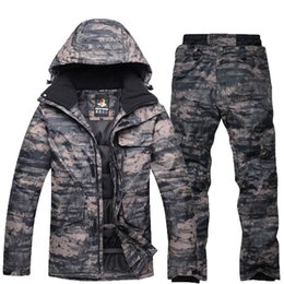 Blue Professional Suits NZ - Man professional Snowboarding clothes sets Skiing suit sets Waterproof winter outdoor costumes Camouflage snow jackets + pants