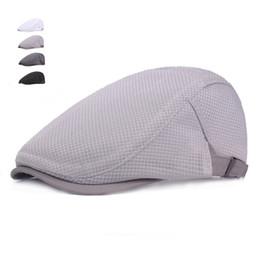 Moda verano gorras para hombres mujeres casuales respirable boina sombreros  gorras planas inglaterra británico retro boinas 4ec57e4c86e