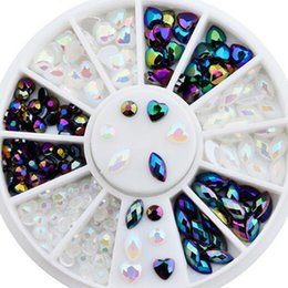 $enCountryForm.capitalKeyWord Canada - White Black Glitter AB Rhinestone Crystal Pearls Wheel Round Heart Design Acrylic Flat Back Nail Art Decoration 3D Tips Manicure