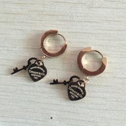 52f6247997c4 Envío de la gota libre de alta calidad no se desvanecen pendientes de oso  de perlas de acero inoxidable al por mayor para las mujeres venta caliente  joyería ...