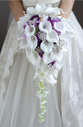 Roses calla lily online shopping - 2018 High end Custom White Calla Lily Rose Purple Hydrangea DIY Pearl Crystal Brooch Drop Bridal Bouquet