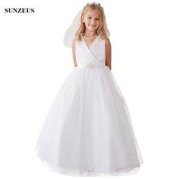 $enCountryForm.capitalKeyWord NZ - Long White Flower Girl Dress A-line V-neck Floor Length Tulle Wedding Party Dresses For Children Simple Elegant Children Formal Wear
