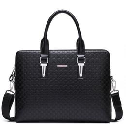 Venta al por mayor de Bolso maletín de cuero de los hombres del diseñador para los bolsos cruzados masculinos Bolso grande del viaje para el bolso de hombro del negocio del ordenador portátil 15 ''