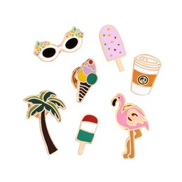 Style d'été Cartoon Flamingo Arbre De Noix De Coco Glace Au Citron Jus De Plage Broches D'émail Broches Col Denim Shirt Brooch Pins en Solde