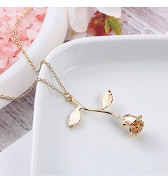 $enCountryForm.capitalKeyWord NZ - Brand New Electroplated genuine gold and color Rose Pendant Necklace creative simple sweater chain flow clavicle chain Free shipping