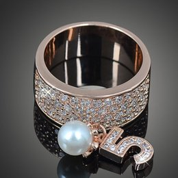 Pearl Day Canada - New arrival men women fashion jewelry crystals diamond alloy pearl number five ring Love Valentine's day Christmas festival gift