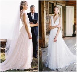 Rustic Country Wedding Dresses 2018 Dreamlike Deep V Neck Backless Tulle Bridal Gowns Garden Beach Dress Vestidos De Novia