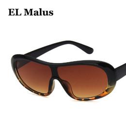 Discount sun tan wholesalers - [EL Malus]Fashion Oval Frame Sunglasses Mens Women Tan Lens Leopard Shades Sun Glasses Brand Designer Eyewear Female Ocu