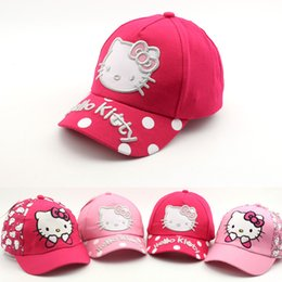 Discount new summer baby girl hello kitty 2018 Baby summer hats Spring New Cap Cartoon Cat cute hello kitty Child Baseball Caps outdoor girls Sun Visor Hat caps S