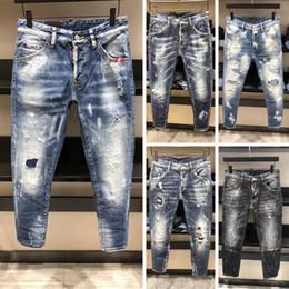 59b4adcdb5 2018 novo design de moda homens jeans famosa marca jeans rasgados homens de  alta qualidade por atacado fábrica