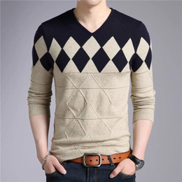 Wholesale argyle sweater men resale online - 2018 Brand Men Cashmere Wool Sweater Men Autumn Winter Slim Fit Pullovers Argyle Pattern V Neck Pull Homme Christmas Sweater