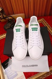 Green Women Shoes Ribbon Lace Australia - xiuchun852 2010 green Flat shoes White Men Dress Shoes Moccasins Loafers Lace Ups Monk Straps Boots Drivers Real leather Sneakers Shoes