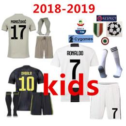 8fb3da42191 new 2018 Juventus RONALDO DYBALA HIGUAIN kids kit soccer jersey 18 19 juve  MARCHISIO MANDZUKIC CHIELLINI BUFFON child Football Shirt uniform